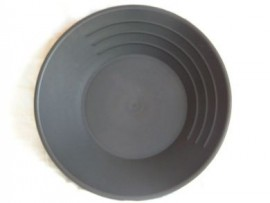 """10"""" Black plastic pan"""