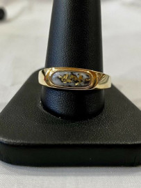 MAN'S GOLD IN GUARTZ RING RM880Q